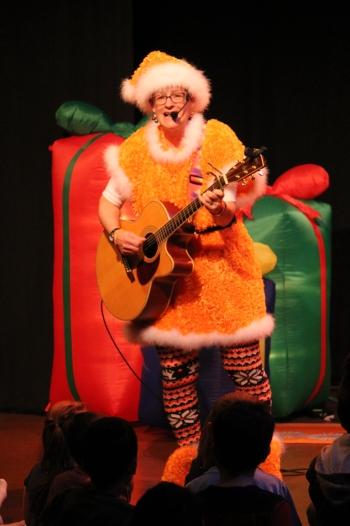 christmas-suit-presents